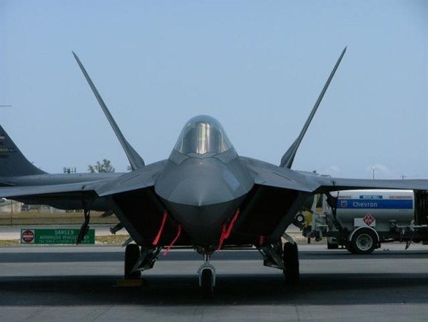 Helicopter Photo - F-22Raptor-PreShow-Resize